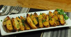 Ingredients 8 large potatoes, peeled, cut into large wedges (about wedges per potato) 4 garlic cloves, minced (more garlic i. Greek Roasted Potatoes, Greek Potatoes, Lemon Potatoes, Potato Recipes, New Recipes, Dinner Recipes, Grilled Fish Recipes, Grilling Recipes, Vegetarian Who Eats Fish