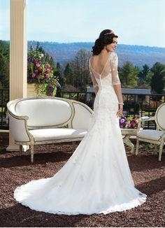 Robe de mariée à manche courte en dentelle épaule dénudée ...