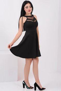 Detayları Göster Tül Detay Siyah Elbise