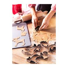 These cookie cutters are the cutest! I'm going to whip up a batch of critter-shaped cookies for our next camping trip. DRÖMMAR Pastry cutter, set of 6 IKEA Animal Cookie Cutters, Shaped Cookie, Fun Hobbies, Kitchen Items, Kitchen Dining, Kitchen Products, Baking Tools, Diy Stuffed Animals, Christmas Time