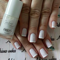 You sure you love your nails,you're always looking for new and unique styles, inspiring photos that you can see below with a brilliant nail art designs which you can use it for your,everyday lifestyle. Oval Nails, Pink Nails, My Nails, No Chip Nails, Elegant Nail Designs, Neutral Nails, Luxury Nails, Summer Acrylic Nails, French Tip Nails