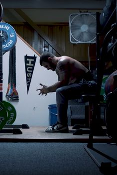 Wonder what it's like to train with the Fittest Man on Earth? Follow Mat Fraser on his way to defend his CrossFit Games title in this exclusive video series.