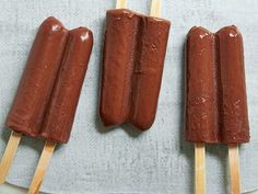 Greek Yogurt Fudge Pops-These homemade fudge pops are low in calories and fat. They're also super creamy and chocolately.  Read more at: http://www.foodnetwork.com/recipes/food-network-kitchens/greek-yogurt-fudge-pops.html?oc=linkback