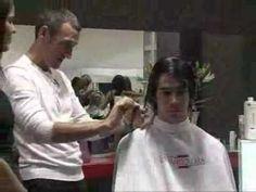 Vídeo Fernando Cara, salón de peluquería, corte de pelo chico, caballero, servicios belleza Granada, Calle Recogidas 47. Marcando tendencias, estilo, peinados, cortes de temporada.