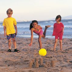 Beach Bowling Game (Outdoor Water Games for Kids) Fun Beach Games, Beach Activities, Summer Games, Fun Games, Summer Fun, Activities For Kids, Camping Activities, Indoor Activities, Beach Kids