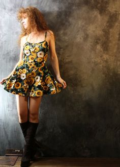 Vintage 1980s Too Cute Sunflower Dress Playsuit Culottes on Etsy, $52.12 AUD  SO CUTE I love sunflowers at the moment! Must be all the prints at American apparel :(