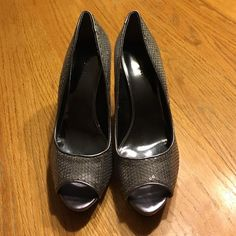 Nine West heels size 8 Great condition worn once Nine West Shoes Heels