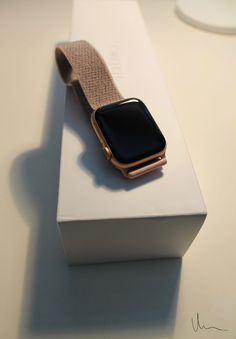 The Apple Watch, see my little humble review on this smartwatch. Smartwatch is a great way to track your daily activity, steps and movement. Check the review out and tell me your opinions on it. 👩🏼💻