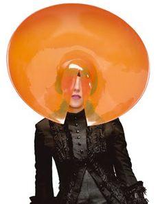 Isabella Blow in Philip Treacy... #fascinators #hats #millinery
