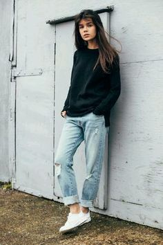 Boyfriend Jeans und Sneakers Outfit-Ideen 40 Outfit Ideas To Wear Your Boyfriend Jeans And Still Look Awesome Tomboy Fashion, Look Fashion, Fashion Outfits, Woman Fashion, Woman Outfits, Street Fashion, Jeans Fashion, Queer Fashion, Fashion Styles