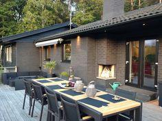 Trädgårdsplank - Hemma hos Don-T My Secret Garden, Atrium, Exterior Colors, Outdoor Furniture, Outdoor Decor, Plank, New England, Villa, Bauhaus