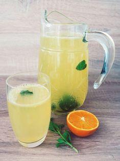 Make orange-lemon lemonade yourself without sugar Informations About Lecker & figurfreundlich: Orang Summer Drinks, Cocktail Drinks, Fun Drinks, Healthy Drinks, Cocktail Recipes, Healthy Food, Smoothie Drinks, Detox Drinks, Smoothies