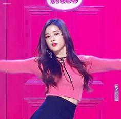 Watch and share Blackpink GIFs and Jisoo GIFs on Gfycat South Korean Girls, Korean Girl Groups, Yg Entertainment, Square Two, Jennie Lisa, Blackpink Jisoo, My Beauty, Asian Beauty, Kpop Girls