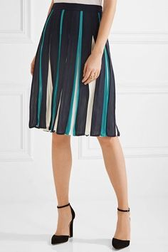 Diane von Furstenberg - Melita Pleated Silk-blend Skirt - Midnight blue - US12
