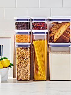 Guide to OXO POP Containers - How to Use the Dry Food Storage Containers Container sizes and food qu Container Organization, Pantry Organization, Organizing, Oxo Pop Containers, Storing Spices, Dry Food Storage, Container Size, Dry Container, Baking Set
