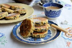 Welsh cakes - Great British Chefs This is the recipe TDK uses - very yummy. Welsh Cakes Recipe, Welsh Recipes, Easy Welsh Cakes, Sweet Recipes, Cake Recipes, My Recipes, Holiday Recipes, Mug Cake Microwave, Biscuits
