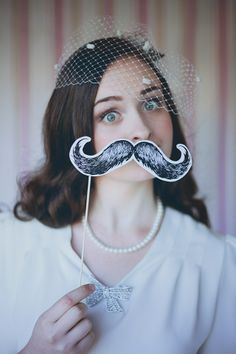 Wedding Tip: Kick Off Movember with Mustache Wedding Details! On Loverly READ.