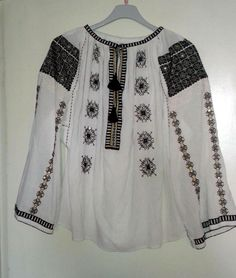 Ethnic Clothes, Ethnic Outfits, Folk Embroidery, Traditional Outfits, Cross Stitch, Costumes, Random, How To Make, Hair