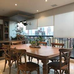 Salle à manger moderne par lee+mir moderne | homify Conference Room, Dining Table, Furniture, Home Decor, Dining Room Modern, Arquitetura, Trendy Tree, Design Ideas, Decoration Home