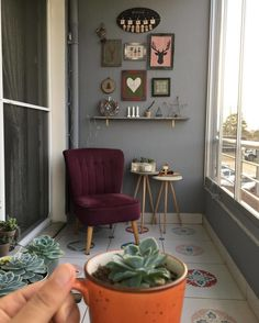 27 Comfy Balcony Ideas for Small Apartment - Unique Balcony & Garden Decoration and Easy DIY Ideas Home Decor Furniture, Home Furnishings, Outdoor Furniture, Small Balcony Decor, Balcony Decoration, Balcony Ideas, House Inside, Indian Home Decor, Beautiful Wall