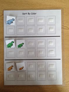 Sort dinosaurs by color. FREE PRINTABLES.