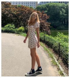 Retro Outfits, Mode Outfits, Girly Outfits, Cute Casual Outfits, Fashion Outfits, Vintage Summer Outfits, Floral Dress Outfits, Trendy Summer Outfits, Summer Dresses