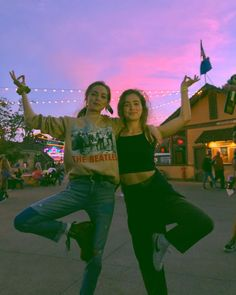 haleyluhoo i don't know why we are doing this pose but isn't the sky pretty and also i went on all the scary rides at knott's berry farm some of them three times even ! Haley Richardson, Farm Clothes, Romance, Dance Company, Just Friends, Teenage Years, Love Movie, I Don T Know, Queen