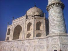 The Taj took 22yrs to complete! 1632-1653 and 20000 people#ttot #travel #tajmahal #india #wonderoftheworld #wanderlust #VSCO #VSCOcam #VSCOtravel #nikond7000 #travelblog #travelblogger