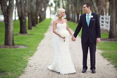 Inspired by this Crisp White and Turquoise Central Florida Wedding | Inspire By ThisInspire By This