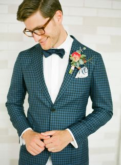 Unique and fun plaid suit for the Groom // hipster wedding, rustic, trendy, wedding, boutonniere, fall wedding, summer wedding, groomsmen, suit, navy