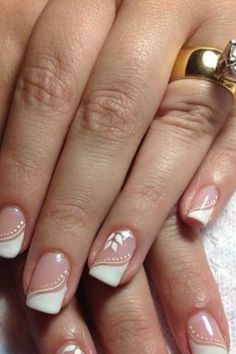 French nails with print, so classic - LadyStyle Fancy Nails, Cute Nails, Pretty Nails, Fabulous Nails, Gorgeous Nails, Bridal Nails, Wedding Nails, Wedding Pedicure, Bling Wedding