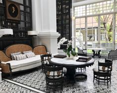 54 Trendy Home Bar Lounge Inspiration British Colonial Decor, Modern Colonial, European Home Decor, Hotel Lobby Design, Bar Lounge, Luxury Homes Interior, Luxury Home Decor, Riad Rabat, Decoration Inspiration
