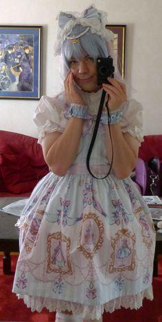 "trullerie: "" Wish I had a better petticoat but… Oh I really love this wonderful dress! Brolita, Happy Husband, Angelic Pretty, Lolita Dress, Girls Be Like, Crossdressers, Dress Up, Tulle, Take That"