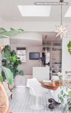 Conservatory Room w/ Dining that opens up into the Kitchen