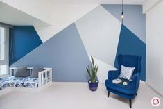 Experts reveal navy blue is good for you Blue Painted Walls, Navy Blue Walls, Bedroom Wall Designs, Bedroom Decor, Wall Painting Decor, Wall Decor, Geometric Wall Paint, Home Room Design, Living Room Paint