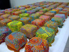 mehindi cakes  trini