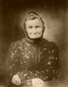 """""""Grand Mother knew a lot about wild life, nature, etc. She was a great Herb Doc. She was the main Doc of the county, and saved a lot of lives and brought many lives into the community. Old Photos, Vintage Photos, Sierra Club, Washington County, Family Roots, Appalachian Mountains, Wise Women, Wonder Women, Coal Mining"""
