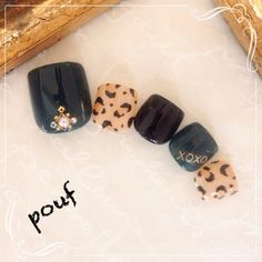 Leopard print and black nail art