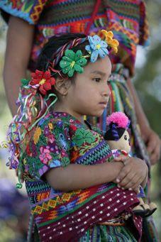 Mayan traditions at the 2nd Santa Fe International Folk Art Market (2005) MEXICO | Marc Romanelli, UNESCO