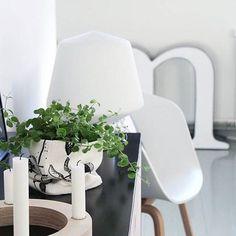 Have a nice weekend!  Hehku - Sessak  Photo by @maya_sa_  #sessaklighting #sessakdesign #interiorinspiration #interiorinspo #sessak #valaisin #lightingdesign #design #finnishdesign #designfromfinland #interior #homedesign #interiorlighting #interiorstyling #scandinavianinterior #scandinaviandesign #nordicinspiration #nordicdesign