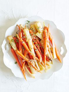 Oo - too early to think about #Thanksgiving? If not - Ina Garten's recipe for Orange-Braised Carrots & Parsnips!
