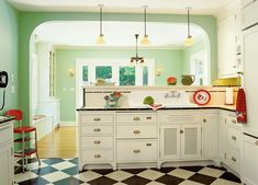 Kitchen Done Right Old House Journal Magazine Examplary. A Classic Kitchen Design For The Arts Crafts House Examplary. Green Kitchen, Kitchen And Bath, New Kitchen, Kitchen Decor, Kitchen Ideas, Design Kitchen, Narrow Kitchen, Rustic Kitchen, Country Kitchen