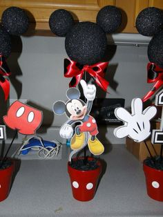 DIY Mickey Mouse centerpieces I made for my son's 1st birthday party!