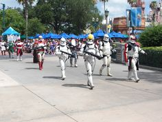 Clone Troopers at SWW 2015's 501st Legion Parade