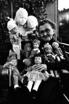 Kathe Kruse ca 1955 avec 4 poupées en tissu et 4 poupées en tortulon (fabriquées par Schildkrot)