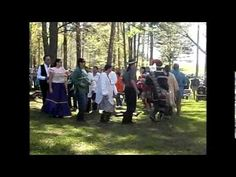 Muscogee Creeks Performing Stomp Dance at HorseShoe Bend National Military Park. (via angela gilbreath)