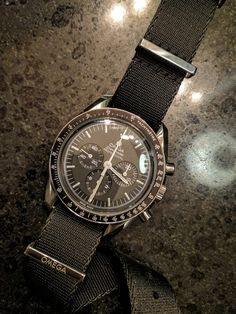 * Official Speedmaster Club Thread * - Page 264 Wooden Watches For Men, Best Watches For Men, Luxury Watches For Men, Vintage Watches, Men's Watches, Dream Watches, Fashion Watches, Cool Watches, Seiko Mod