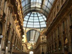 Milano dall'alto #giruland #diariodiviaggio #community #raccontare #scoprire #condividere #travel #blog #food #trip #social #network #panorama #fotografia #milano #lombardia