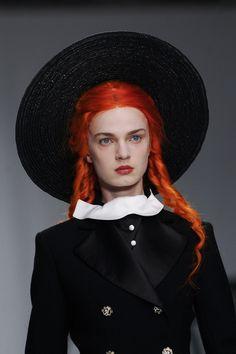 "mermaidcunt: "" lesbeehive: "" Les Beehive – London Fashion Week Day 5 – Meadham Kirchhoff RTW Spring 2014 "" that's a nice hat "" Dark Fashion, High Fashion, Fashion Show, Fashion Design, London Fashion, Horror Music, Meadham Kirchhoff, Redhead Men, 2014 Fashion Trends"