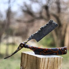 This handmade straight razor is fully customized to whatever you want it to be. From simple to extravagant, we work together to make your dreams come true!